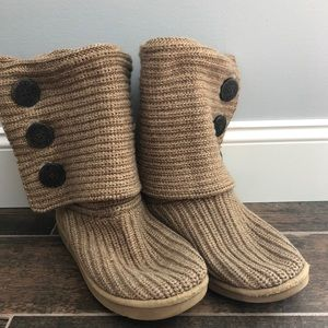 UGG cardy oatmeal size 10 knit high boots